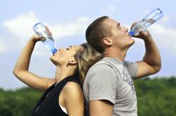 Обильное питье для профилактики гайморита
