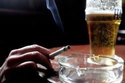 Способствование алкоголизма и курения в распространении инфекции