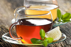Чай с лимоном для лечения ринита