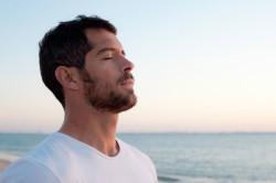 Облегчение дыхания через нос из за снижение отека слизистой